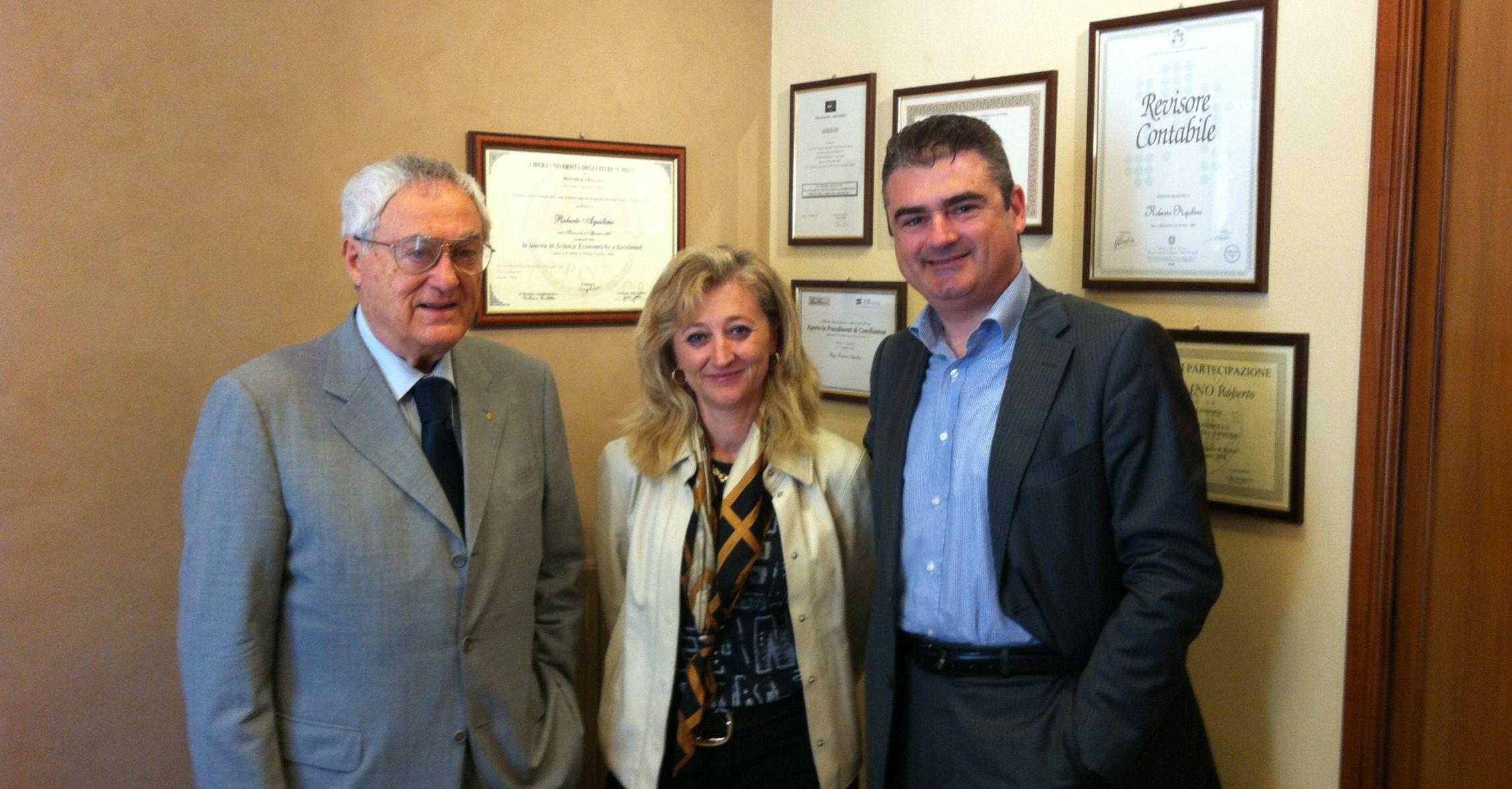 Da sinistra: Dr. Nicolantonio Aquilino, Rag. Laura Lattanzi, Dott. Roberto Aquilino