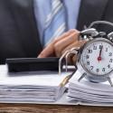 Detrazione IVA sugli acquisti: l'Agenzia delle Entrate cambia nuovamente parere, più tempo ma solo a fattura ricevuta.