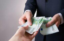 Limite al contante: dal 1 luglio 2020 scende a 1.999,99 euro.